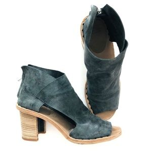 Officine Creative Gray Leather Heeled Booties #4